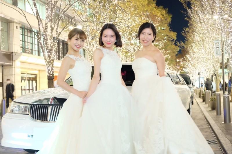 ウエディングドレスで女子会フォト