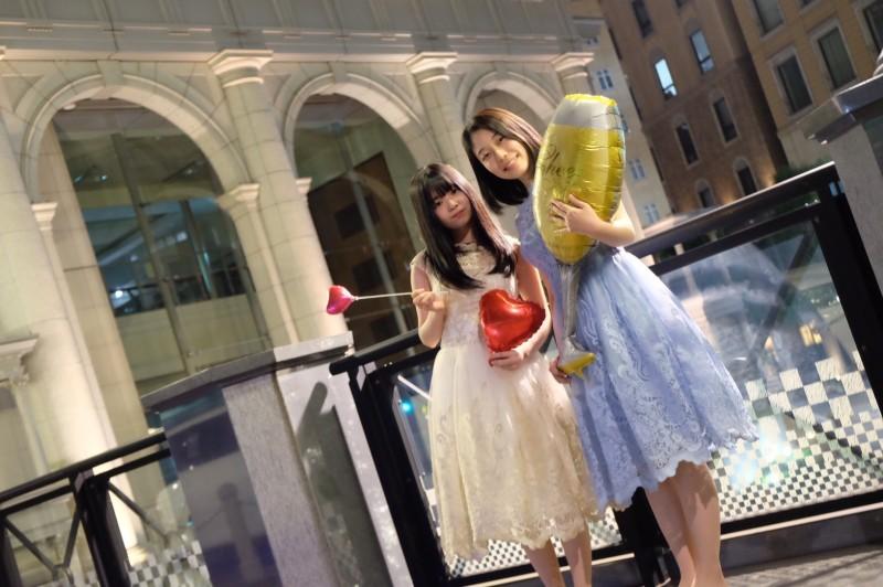 リムジン女子会でかわいいドレスを着て楽しもう